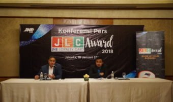 JLC Award 2018 untuk Pelanggan Setia JNE